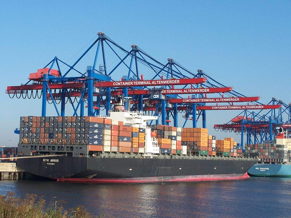 Hamburger Hafen Containerschiff Wachstum ist vorhanden