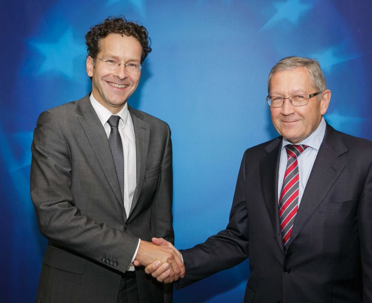 ESM Chef Klaus Regling mit Eurogruppen-Chef Jeroen Dijsselbloem