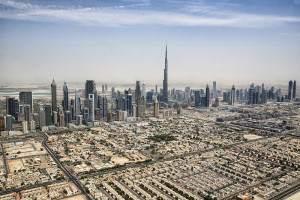 Dubai_skyline_2015