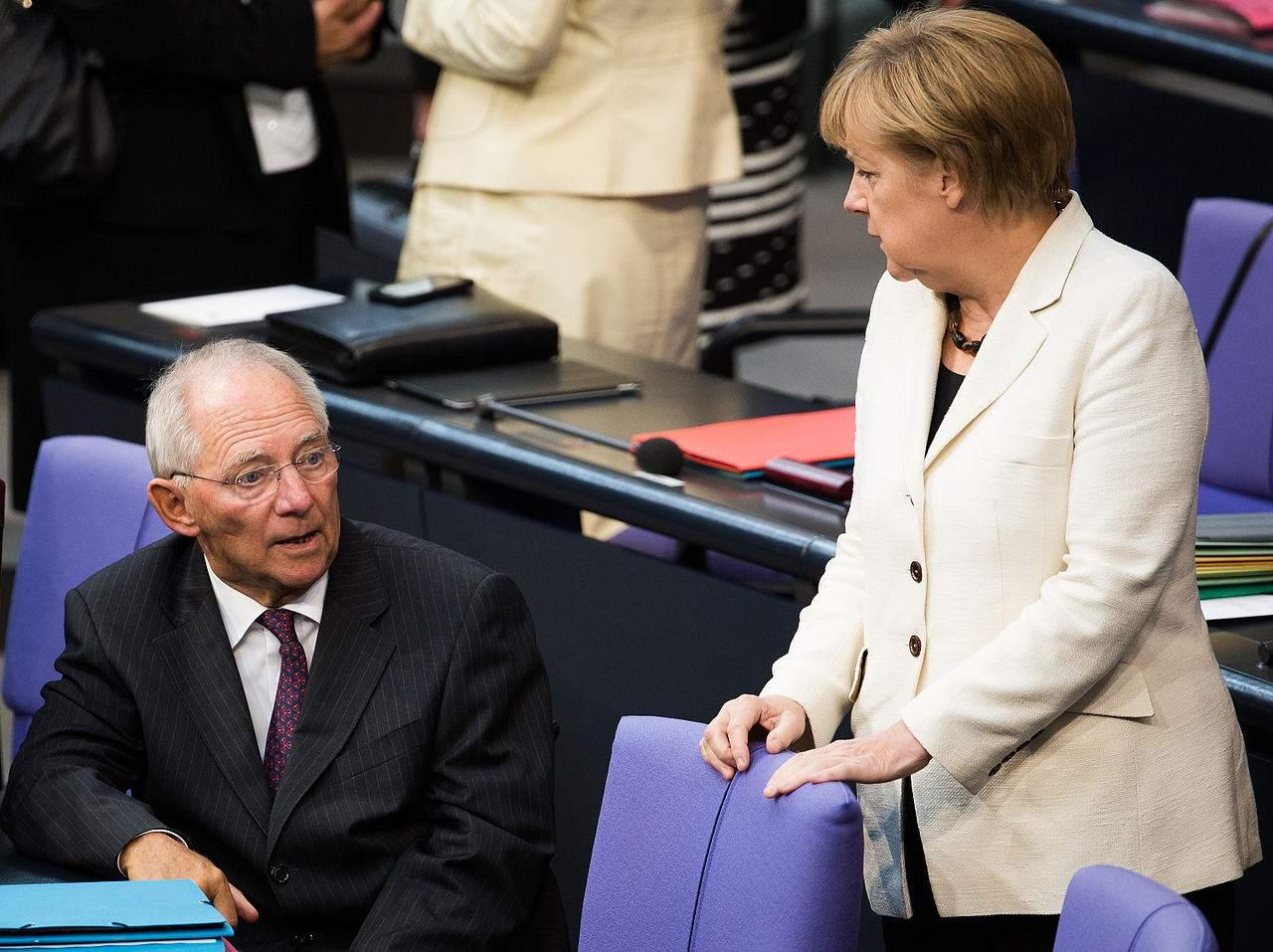 Schäuble Merkel Flüchtlinge