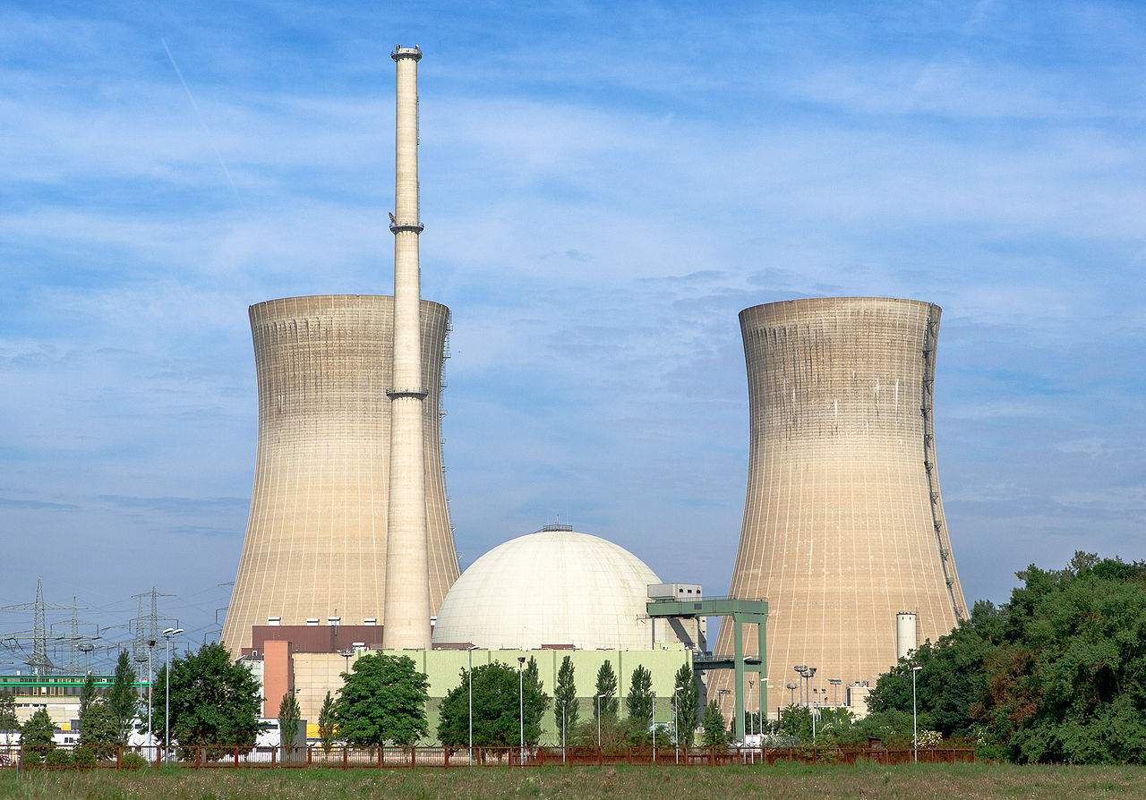 Atom-Kosten-24-Milliarden-Euro-von-Konzernen-wird-heute-berwiesen-Kosten-f-r-Steuerzahler-unbegrenzt-f-r-diesen-Deal-kann-es-nur-einen-guten-Grund-geben