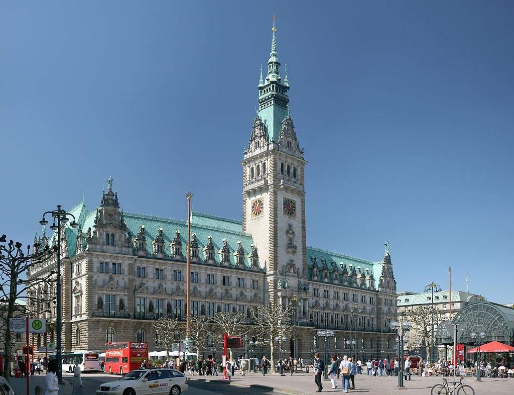 HSH Nordbank-Entscheidung im Hamburger Rathaus