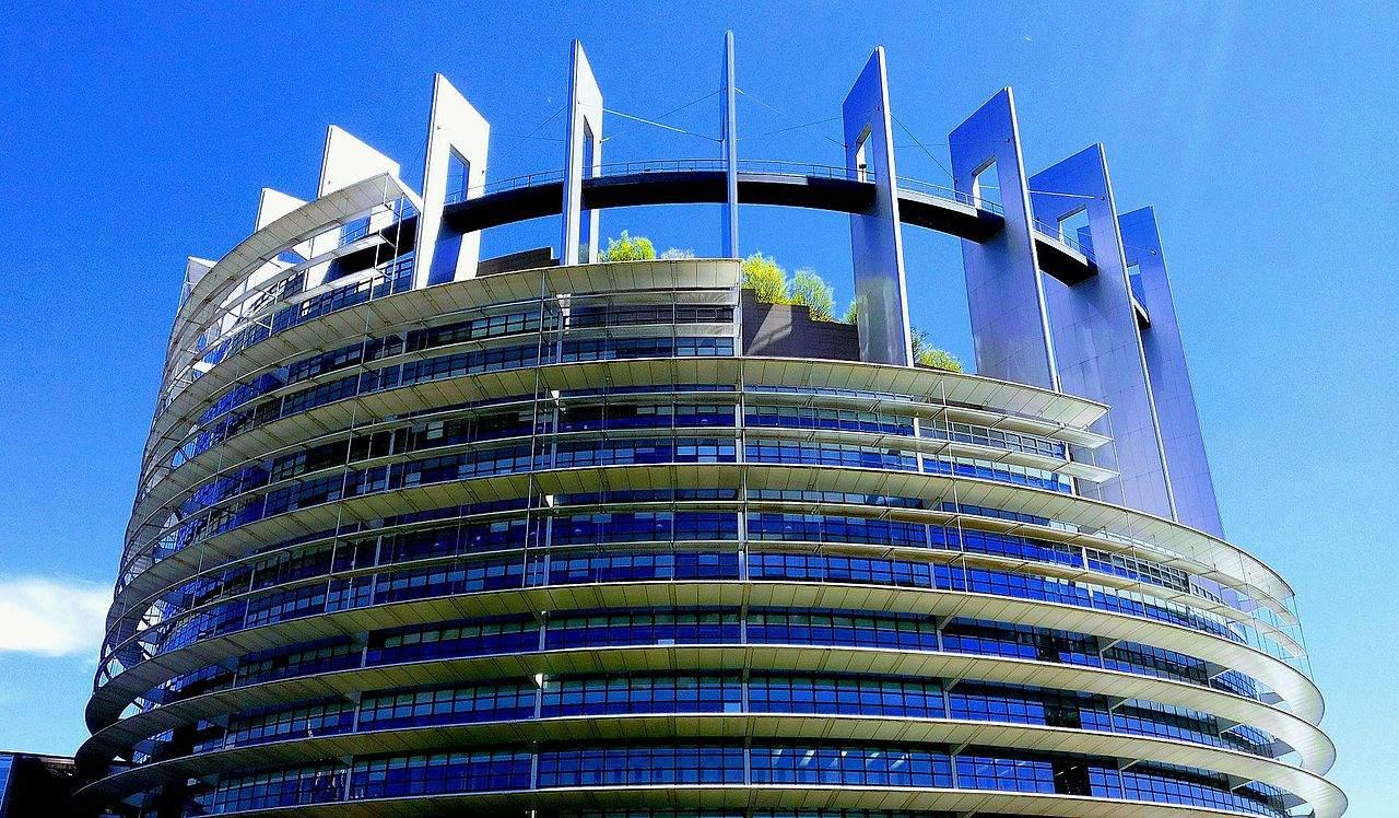 Das EU-Parlament in Straßburg - heute Upload-Filter-Entscheidung