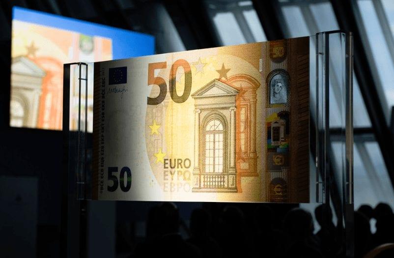 Bargeldabschaffung? Foto von einem 50 Euro-Schein