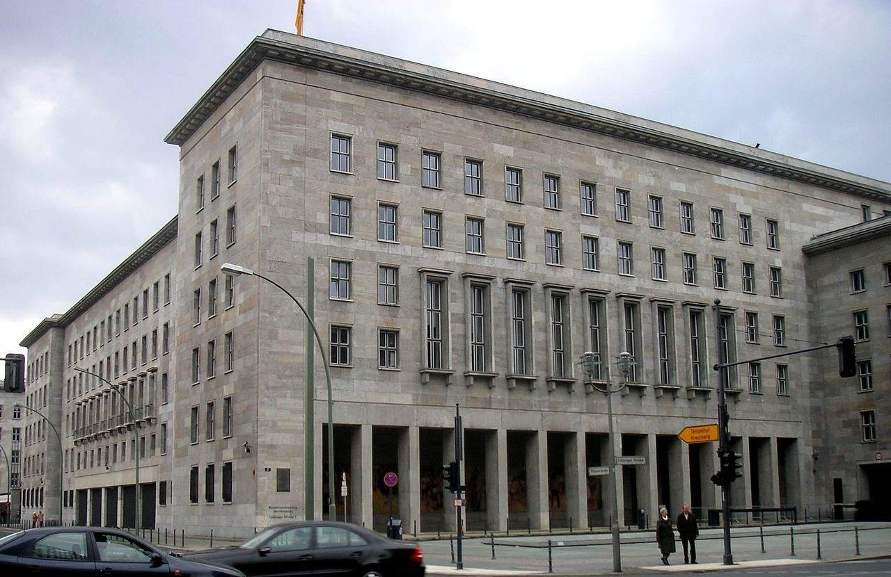 Steuern - Finanzministerium in Berlin
