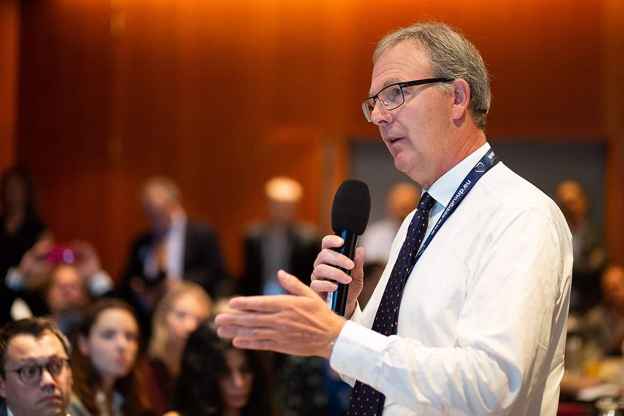 Axel Voss kämpft verbissen für Artikel 13