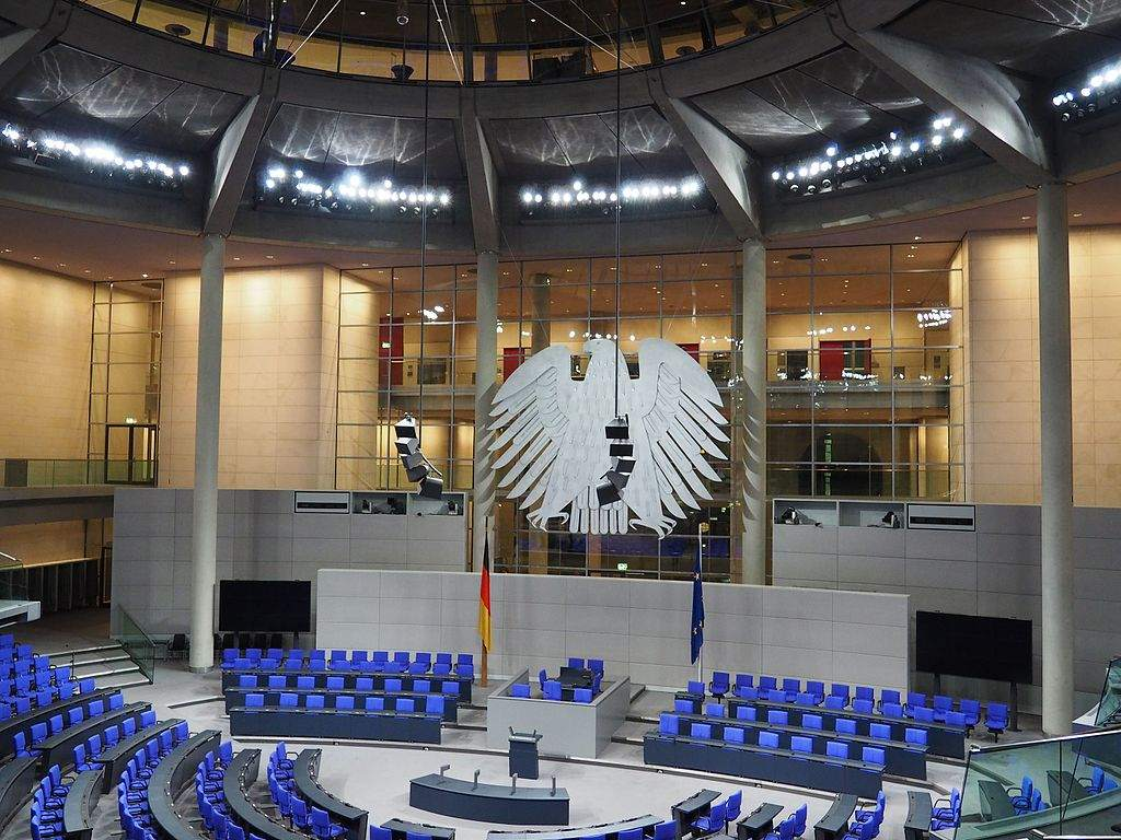 Bundestag Debatte über Artikel 13