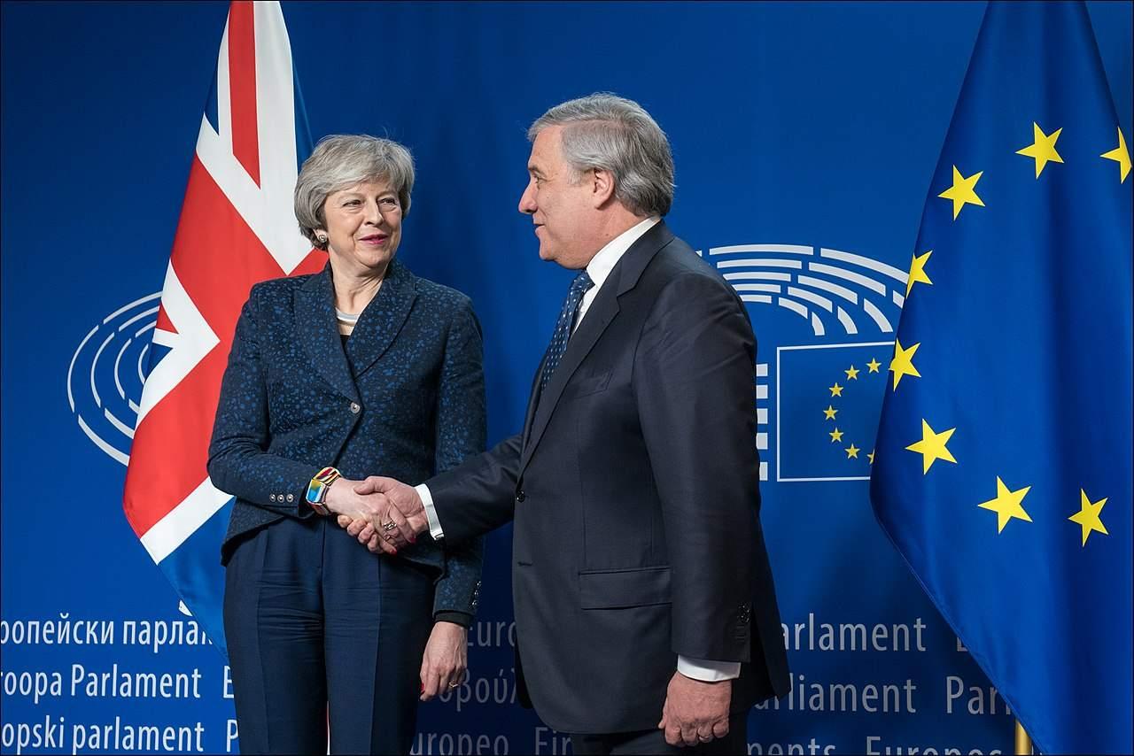 Theresa May Brexit Pfund