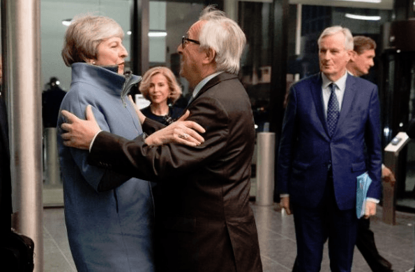 Theresa May Jean-Claude Juncker Brexit