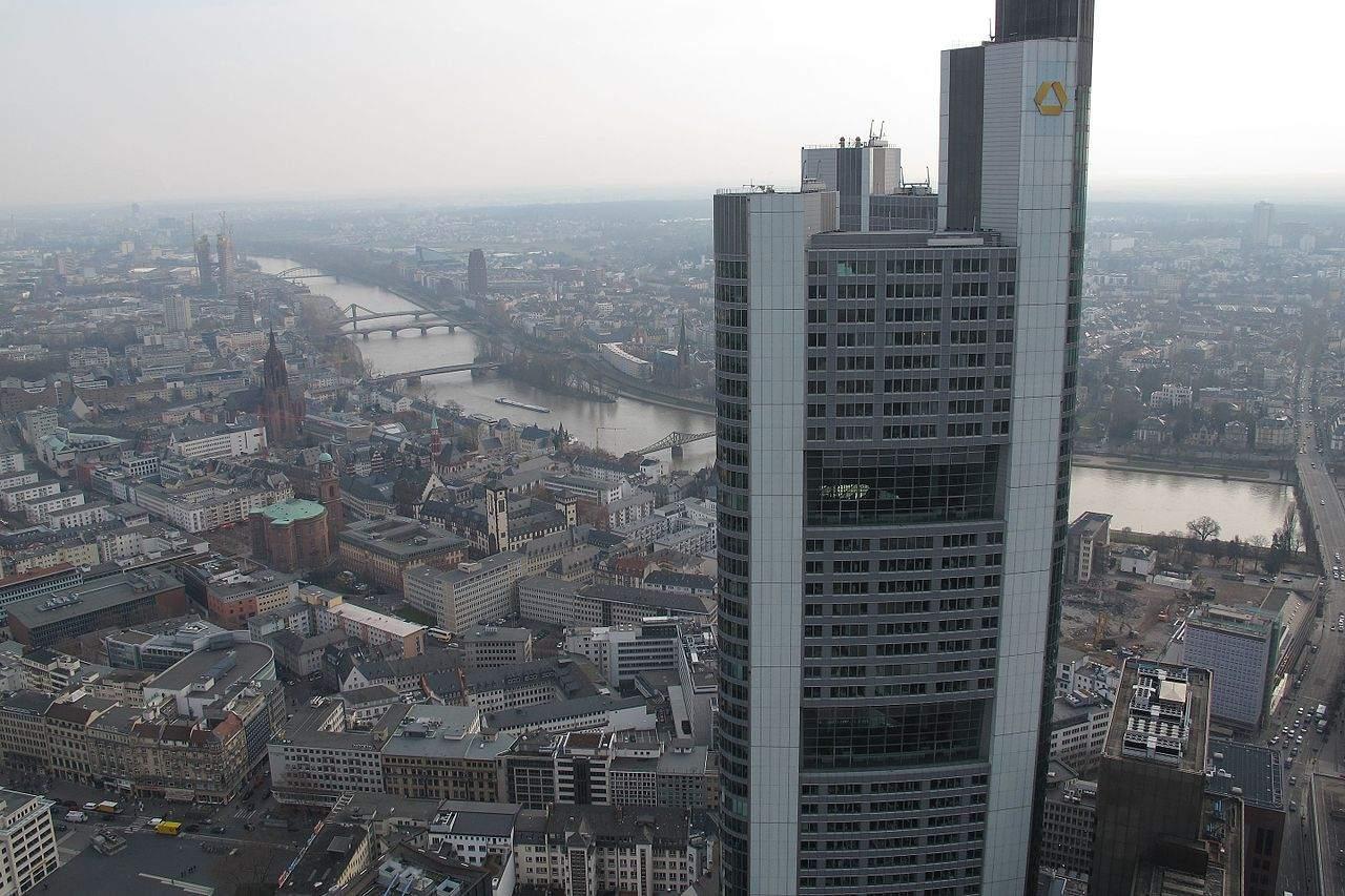 Commerzbank-Aktie - Commerzbank Tower