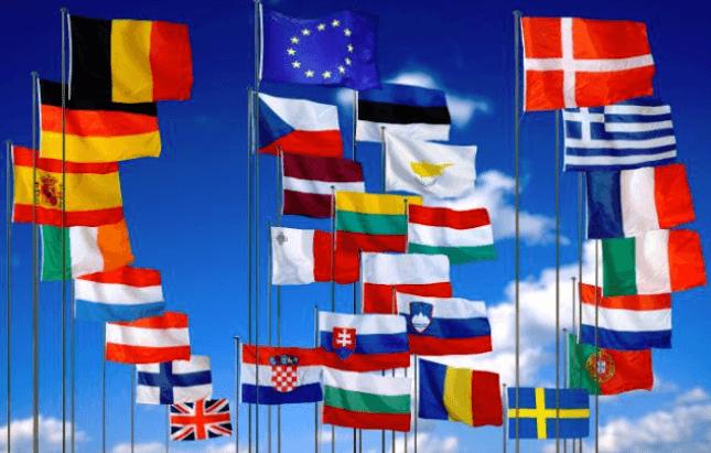 EU-Flaggen - Industrieproduktion