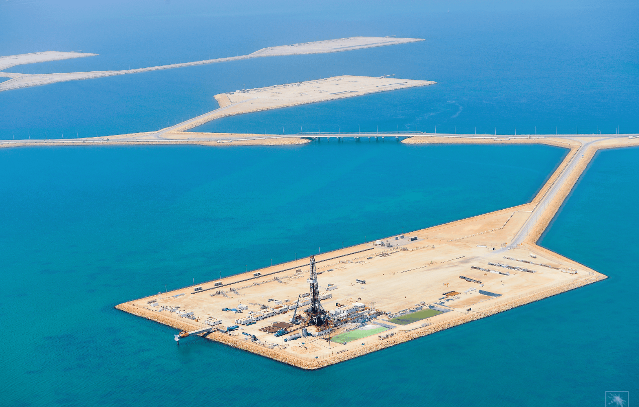 Öl-Feld in Saudi-Arabien - Ölpreis gerade noch vor Absturz gedreht