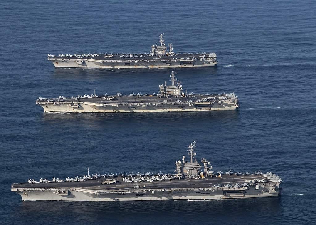 US-Flugzeugträger in den Golf - der Ölpreis steigt