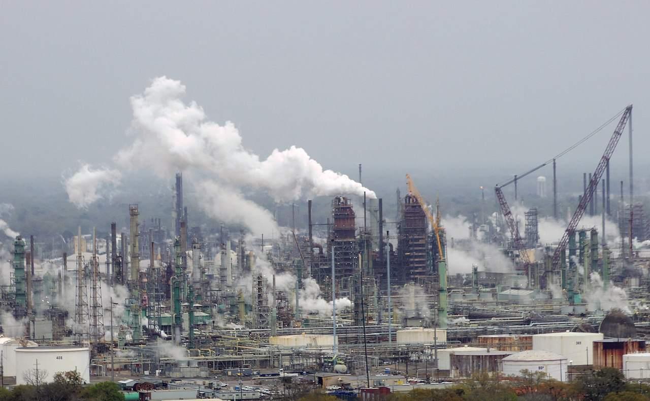 Öl-Raffinerie Beispielfoto - steigender Ölpreis?