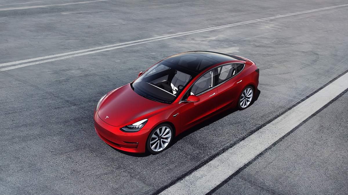 Tesla Model 3 - Tesla-Aktie kurzfristig im Aufwind