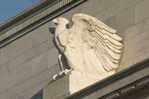 Die Aktienmärkte wetten auf zahlreiche Zinssenkungen durch die Fed