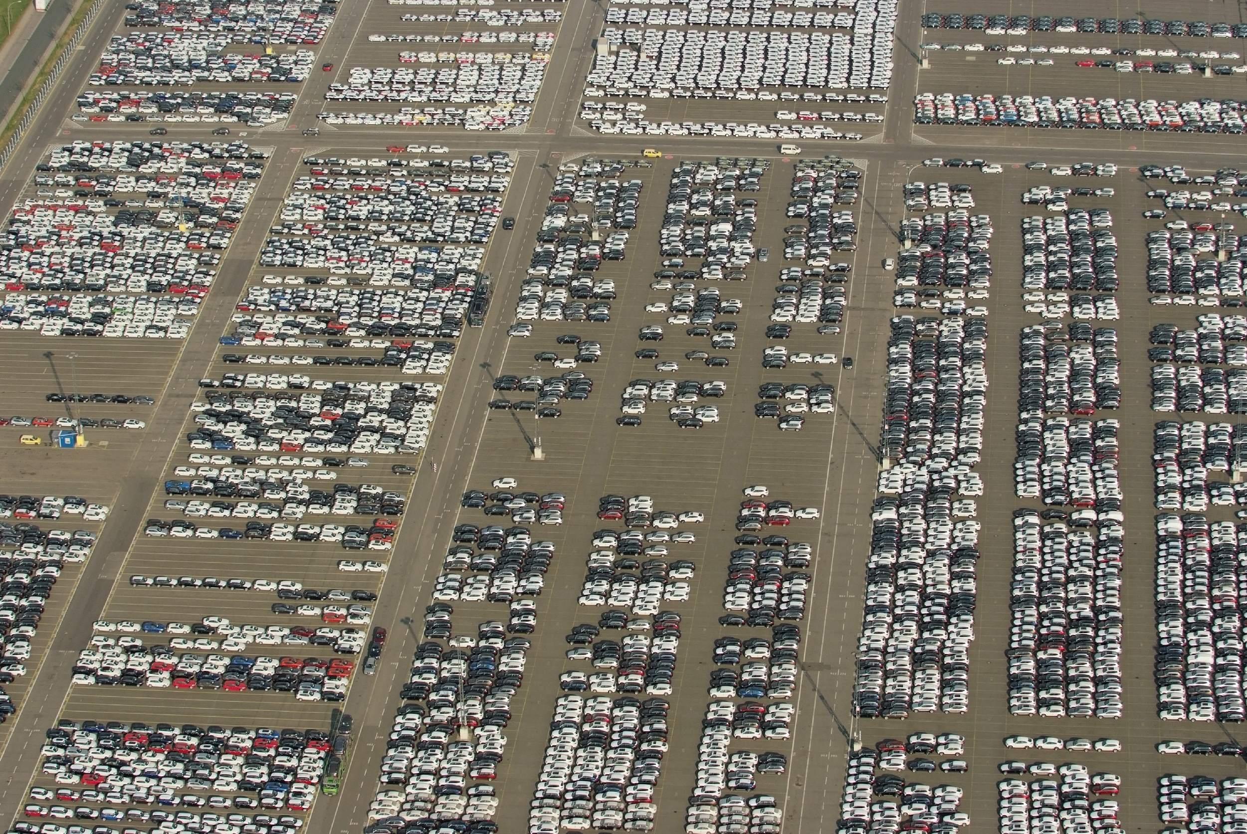 Automobilindustrie - Export-Terminal in Bremerhaven