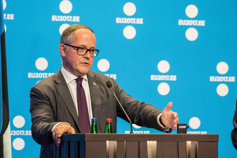 EZB-Direkter Benoît Cœuré spricht unter anderem über Zinsen
