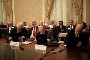 Die Fed müsse vom politischen Druck befreit werden, so die ehemaligen Chefs der Fed