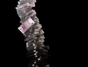 Wenn der Zins und damit die Fristentransformation wegbricht, wird es für die Banken eng
