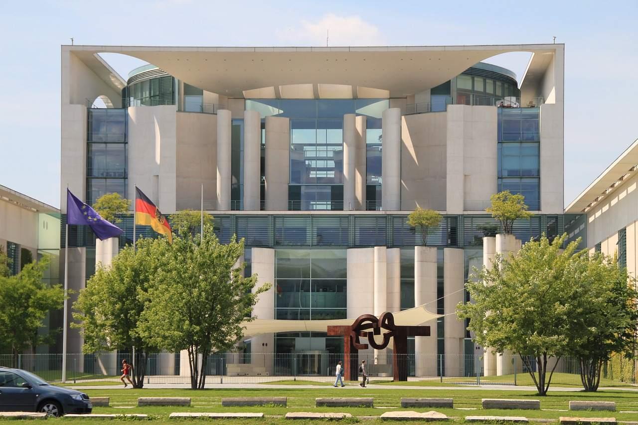 Bundeskanzleramt - GroKo-Debakel dank Rezession?