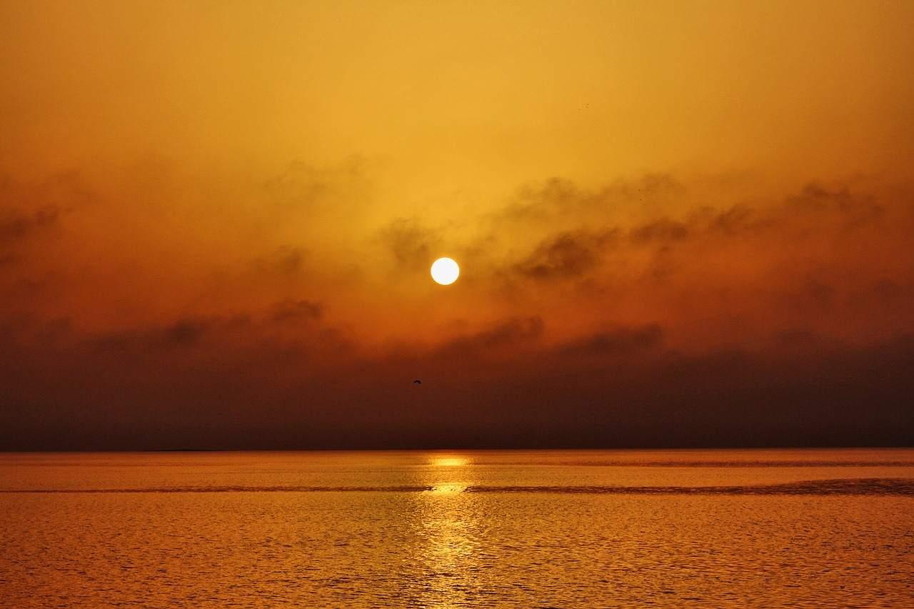 Sonne in Arabien - Ölpreis fällt aktuell