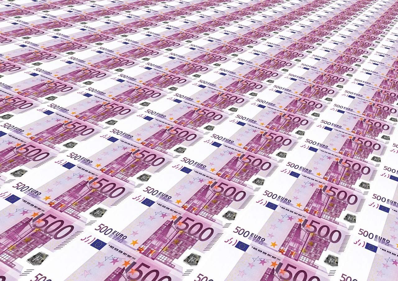 500 Euro Scheine Beispielbild