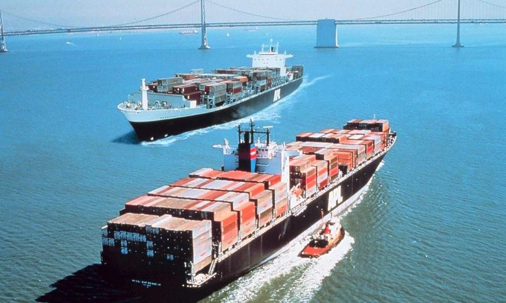 US-Handelsbilanz Daten - Containerschiffe in der San Francisco Bay