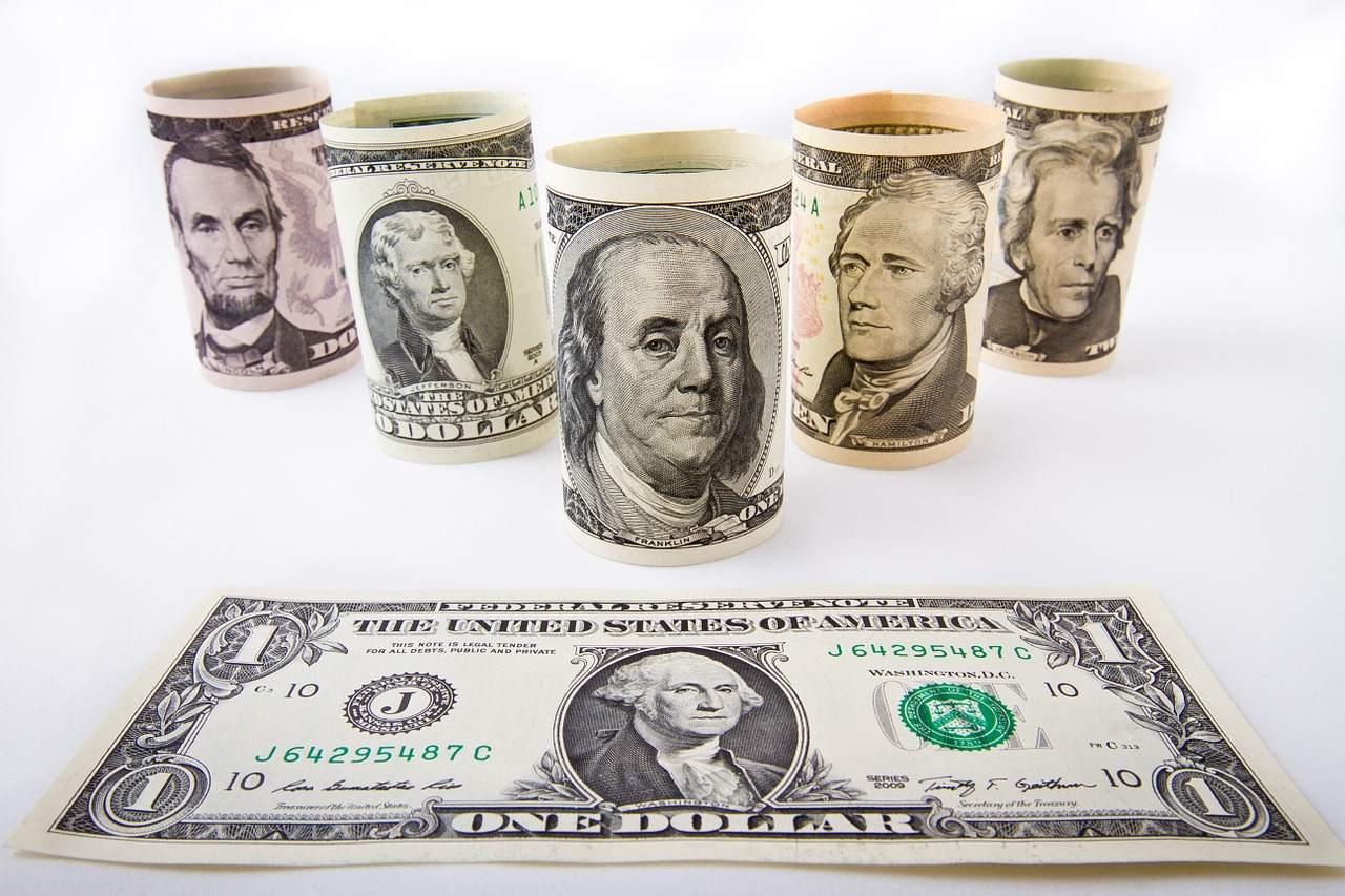 US-Dollar Beispielbild Scheine