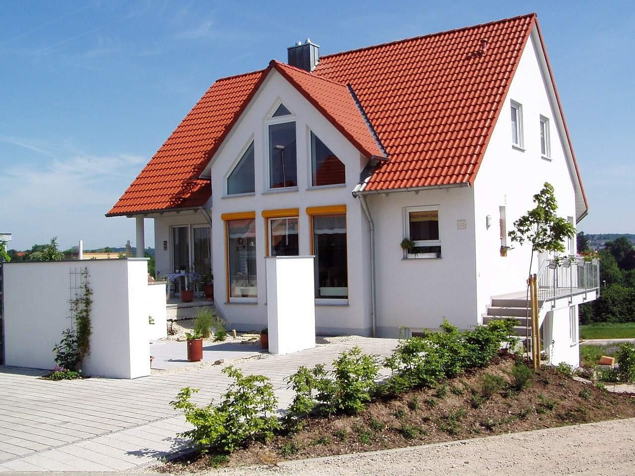 Immobilien - Beispielbild Einfamilienhaus