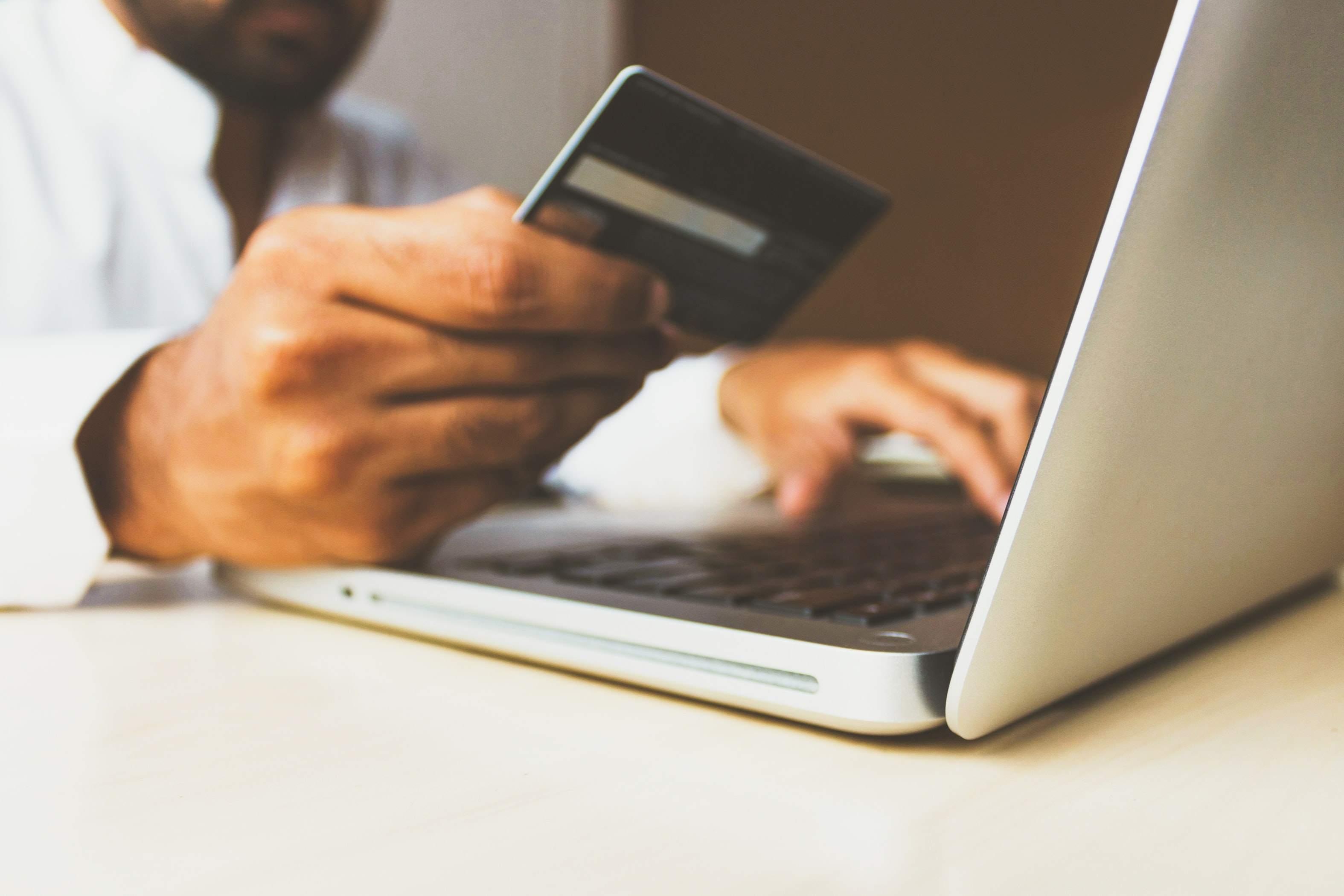 Online Shopping Symbolbild