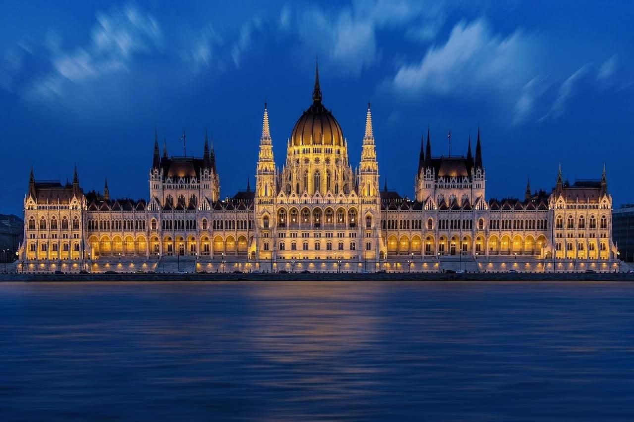Deutsche Wirtschaft mit starken Einfluss auf Visegrad-Länder - Budapest Foto
