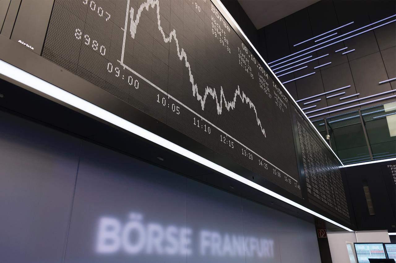 Börse in Frankfurt: Dax über 13 100 Punkte - Anleger hoffen auf Handelsabkommen
