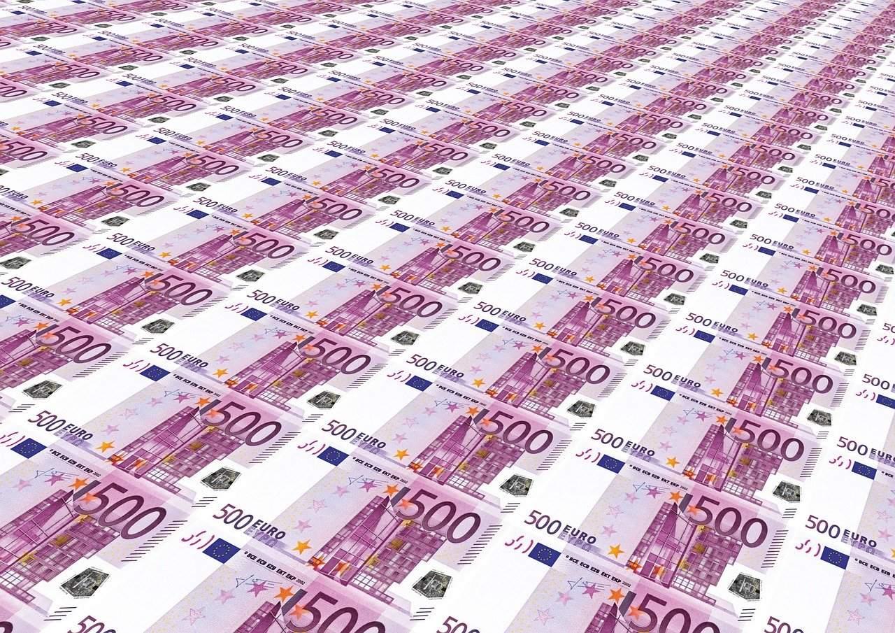 Beispielfoto 500 Euro Scheine - Negativzinsen auf Bankguthaben