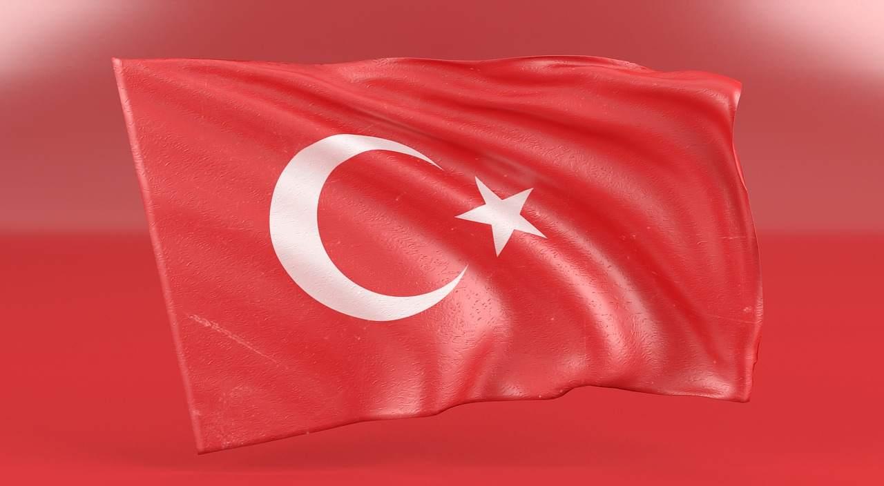 Türkei-Flagge - Türkische Lira zeigt sich robust