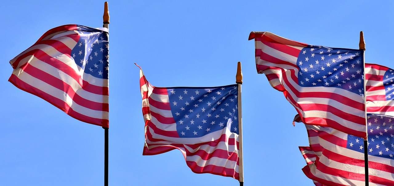 USA-Flagge - US-Wirtschaft stabilisiert?