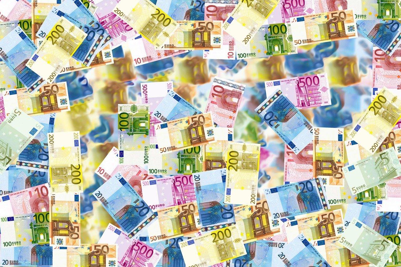Beispielbild für Geldscheine - ist ein Vollgeldsystem sinnvoller?