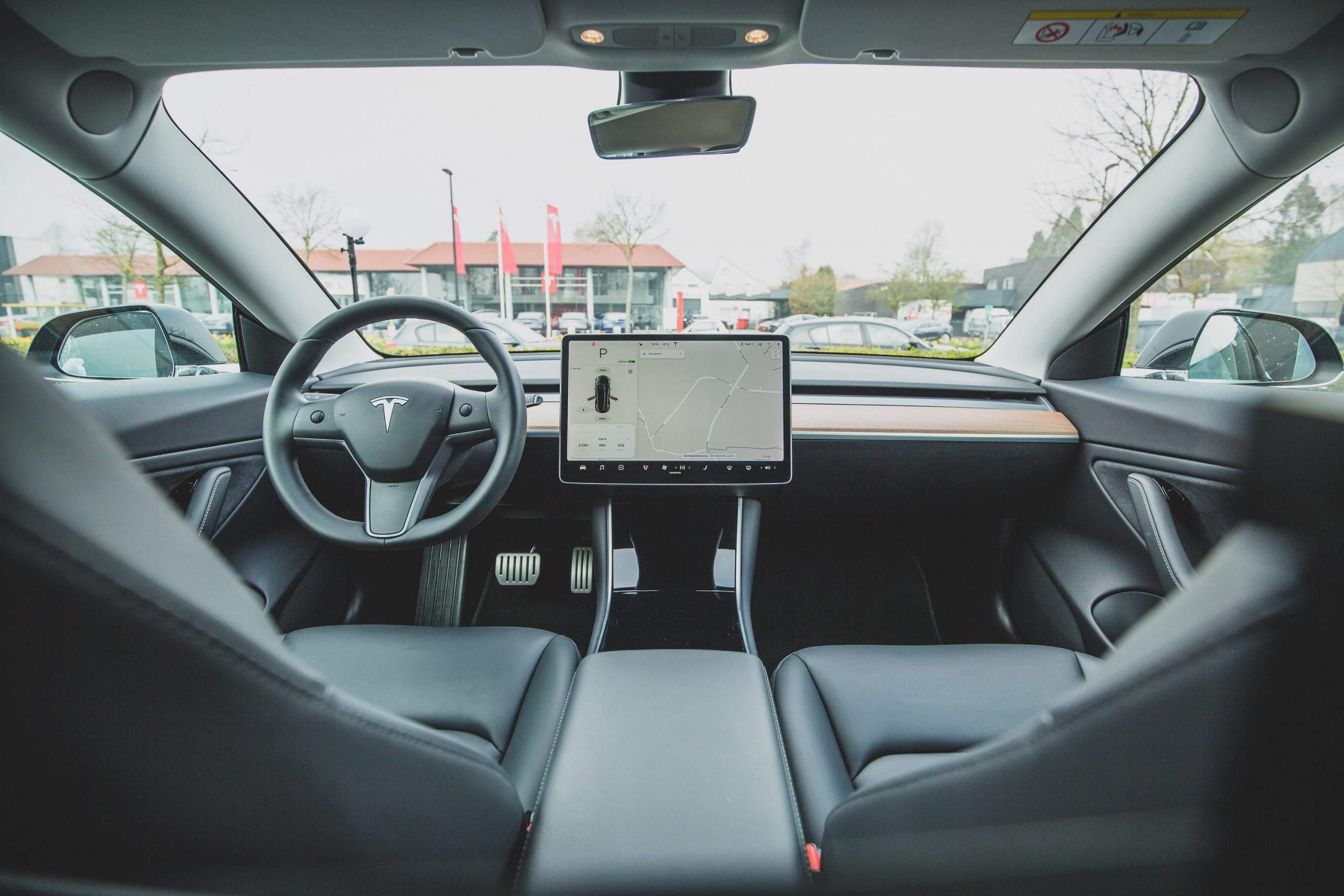 Tesla Innenansicht - Tesla-Aktie nichts für Anleger