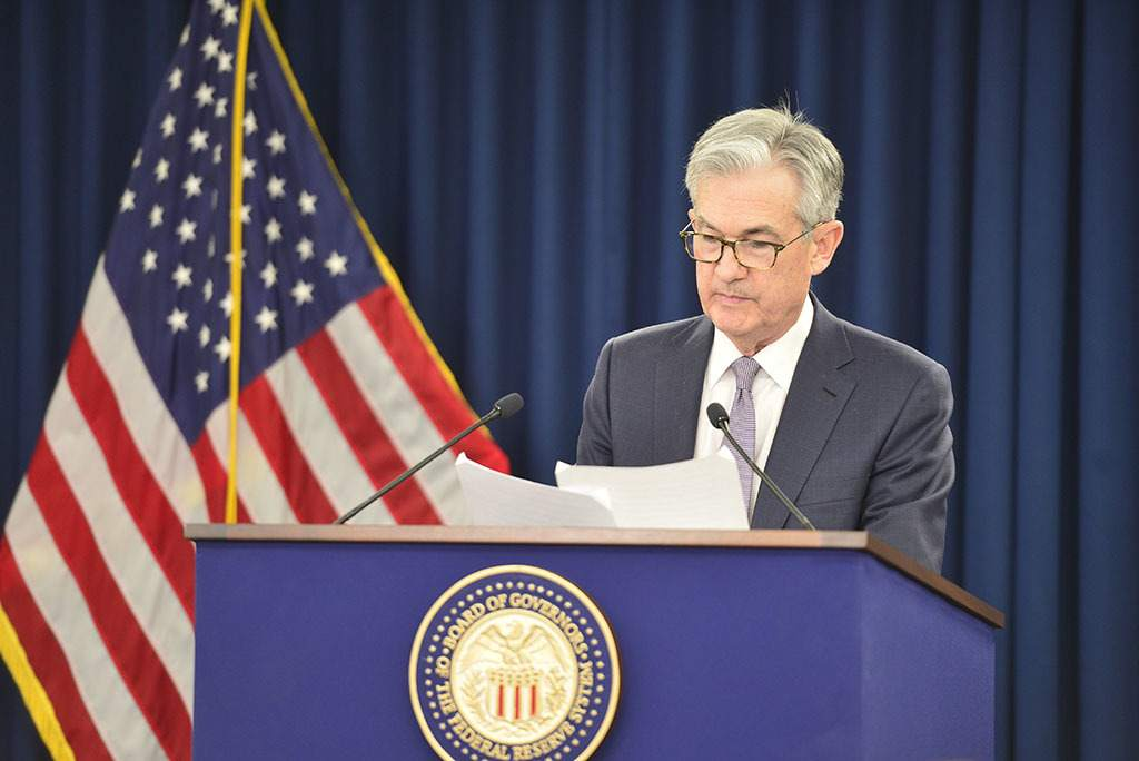 Jerome-Powell-Headlines-seiner-PK-Live-Feed