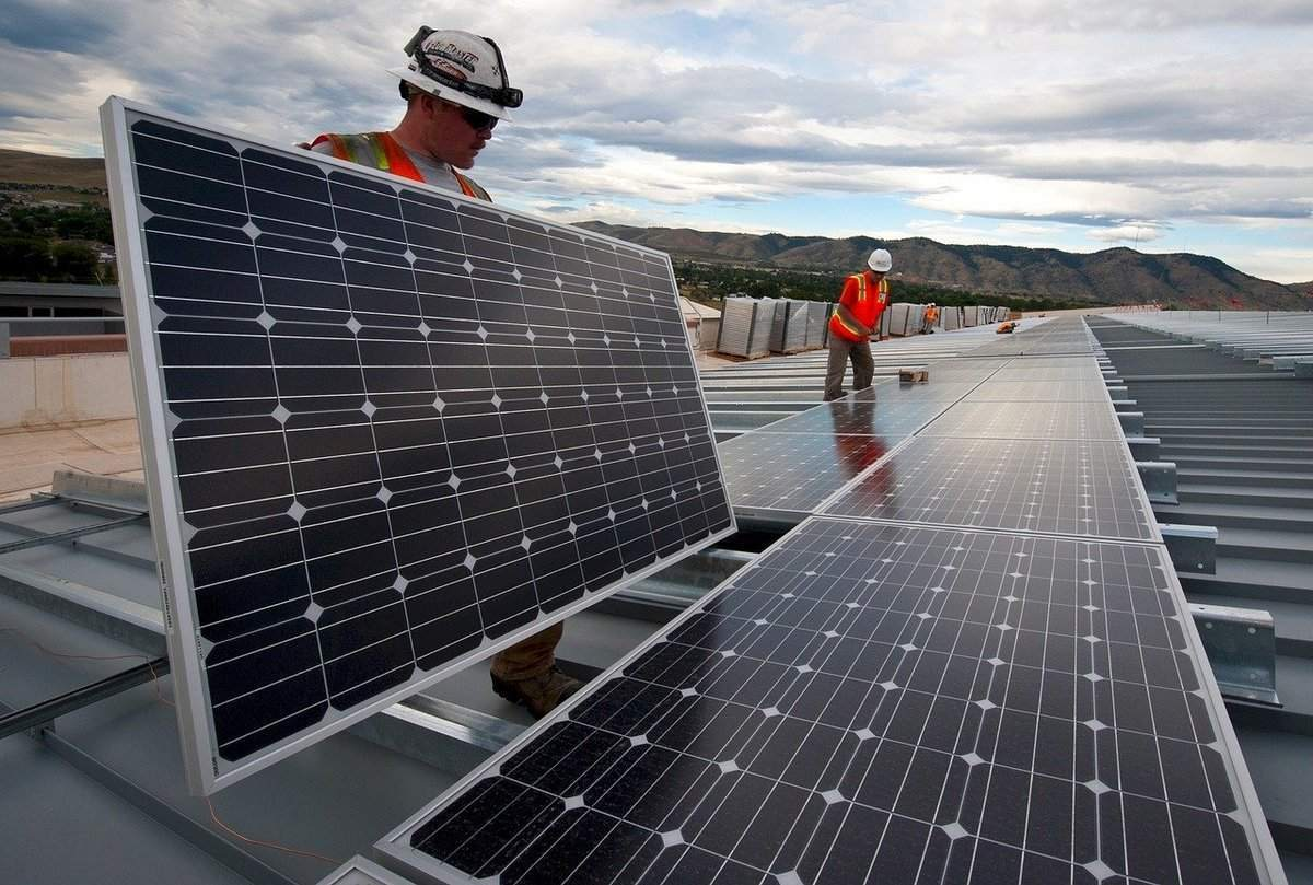 Photovoltaik Anlagen Installation