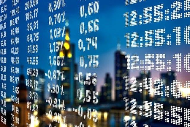 Kommt eine 10% Korrektur bei Aktien? China pumpt Geld, Gold steigt, und zwei Aktienideen