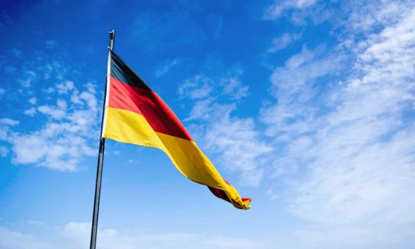 Deutschland Flagge - mehr Staatsschulden bedeuten mehr Gewinn