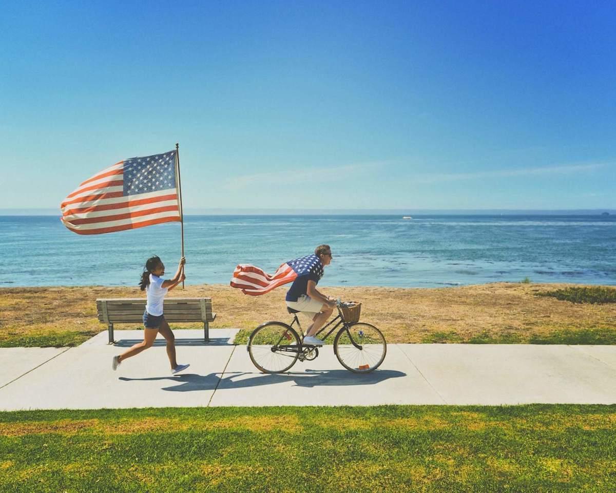 Zwei Mal Amerika-Flagge - Symbol für die USA