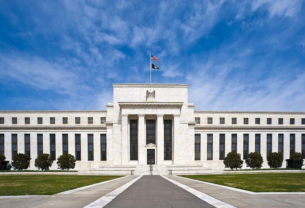 Gehen die Zinsen weiter in den Keller? Zentrale der Fed