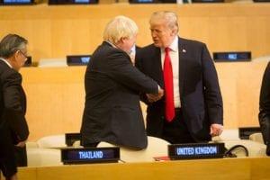 Trump will den Handelskrieg wieder aufnehmen, auch gegen UK und Boris Johnson