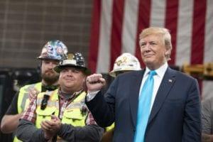 Die Wiederwahl von Donald Trump ist durch die Corona-Krise gefährdet