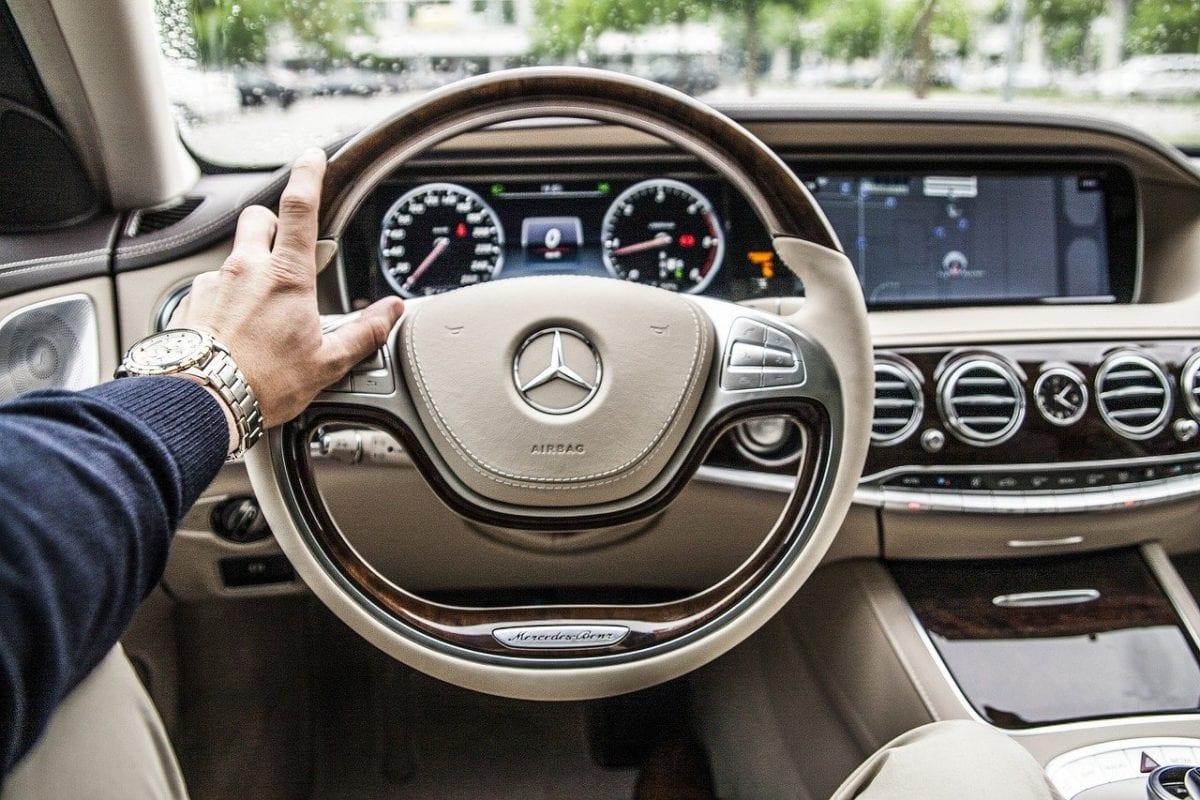 Daimler geht in Kurzarbeit