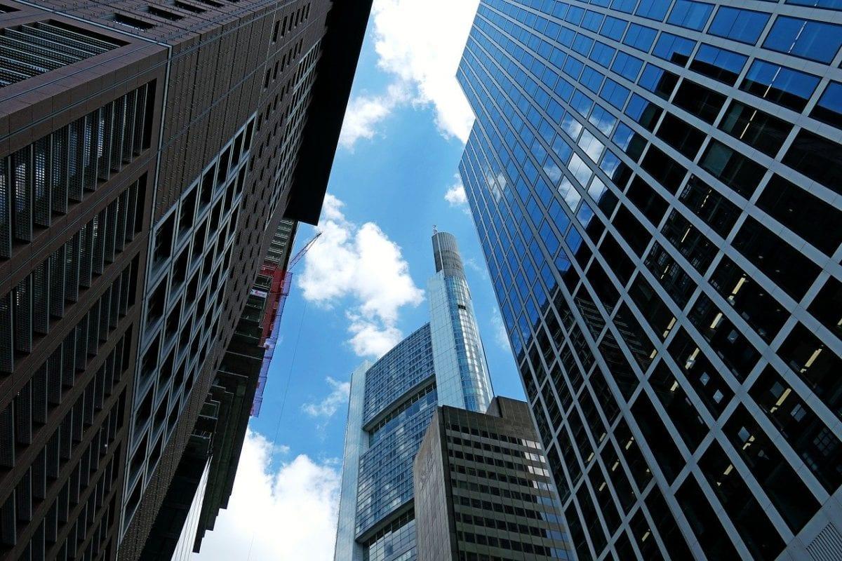 Hat Markus Krall recht mit seinem Crash-Szenario? Bankentürme in Frankfurt