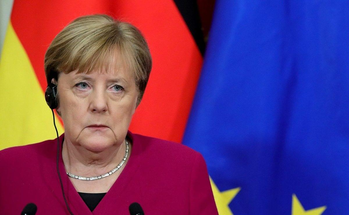 Wird Angela Merkel angesichts des Coronavirus Stimulusmaßnahmen verkünden?