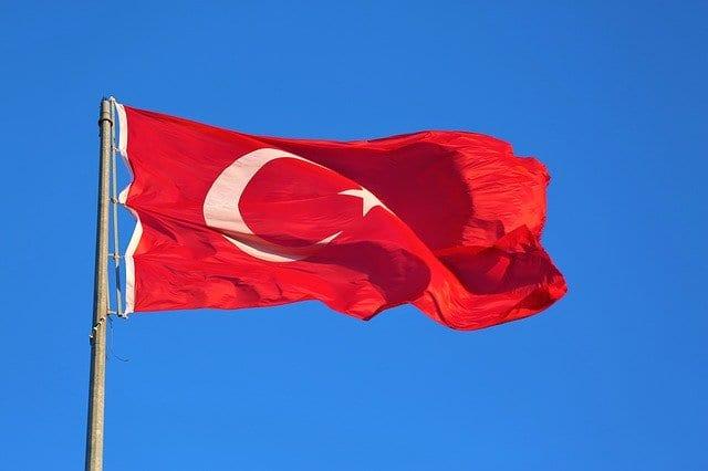 Türkei Flagge - Lira wertet ab